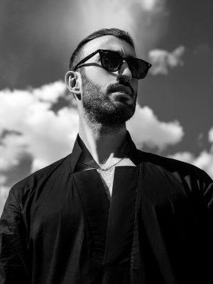 Adid Photo Black & White (1) (2)
